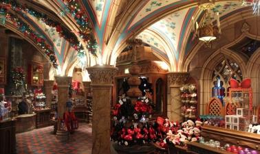 Christmas_Shop.jpg