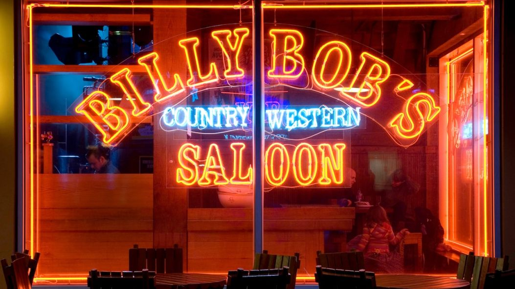 n007678_2022nov30_billy-bobs_16-9