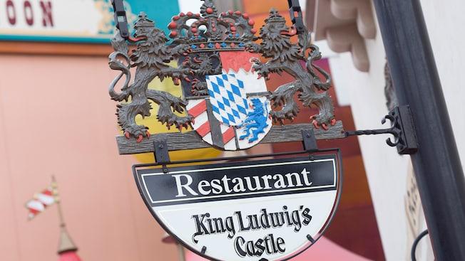 n018855_2050jan01_king-ludwigs-castle_16-9