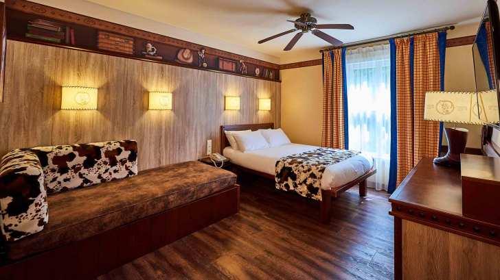 n024332_2023jul30_disneys-hotel-cheyenne_16-9