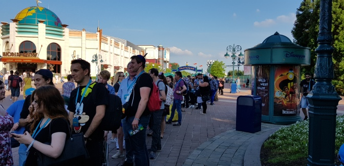 How to avoid queues at Disneyland Paris