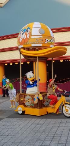 Donald in Ducktales Parade.jpg