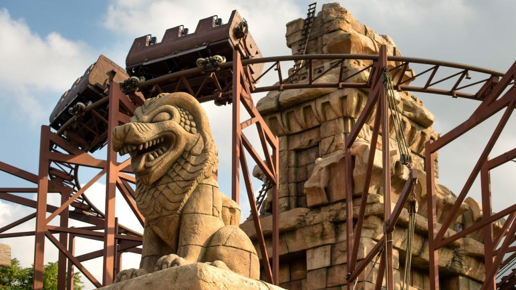 Indiana Jones et le temple du peril - a heavily themed thrill ride in Adventureland