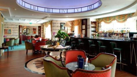 n012865_2019jun01_disneyland-hotel-cafe-fantasia_16-9
